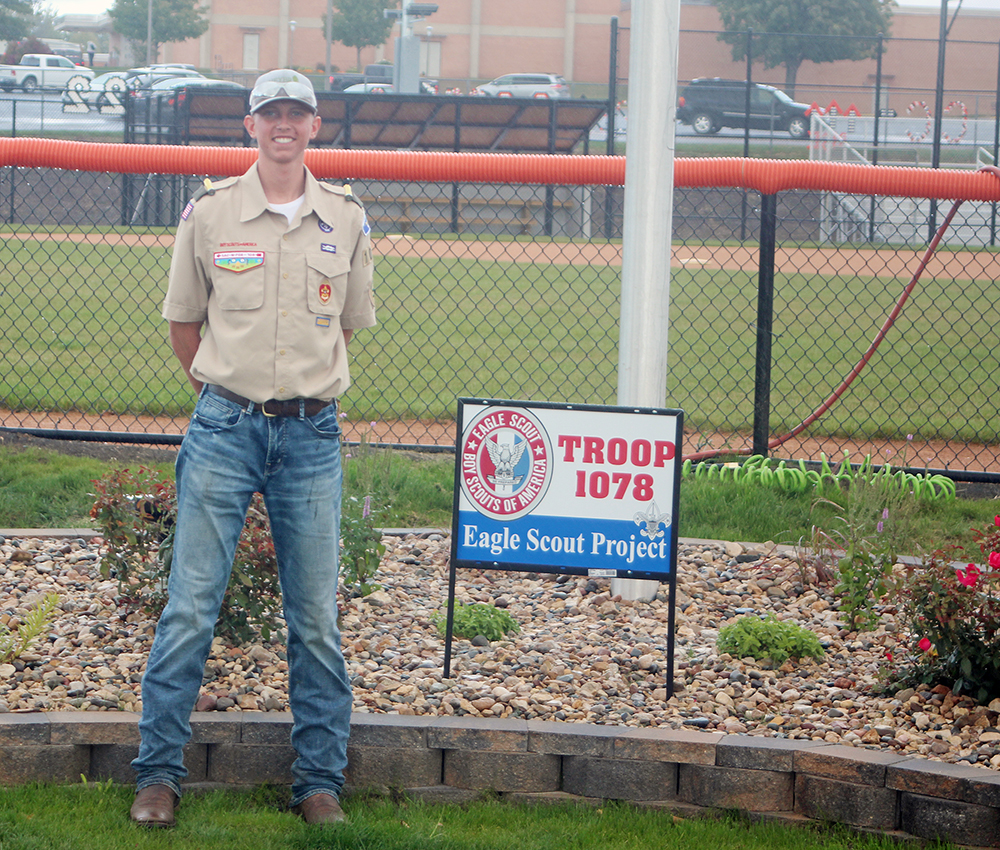 Heyer raises flags for patriotic Eagle Scout project at Charles City High School