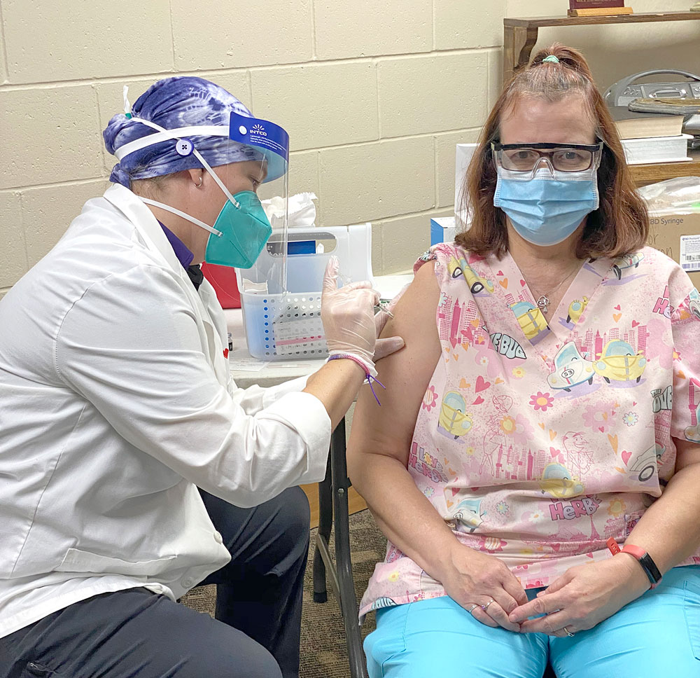 Floyd County vaccinations continue as 9th Street Chautauqua residents, staff get their first COVID-19 shots