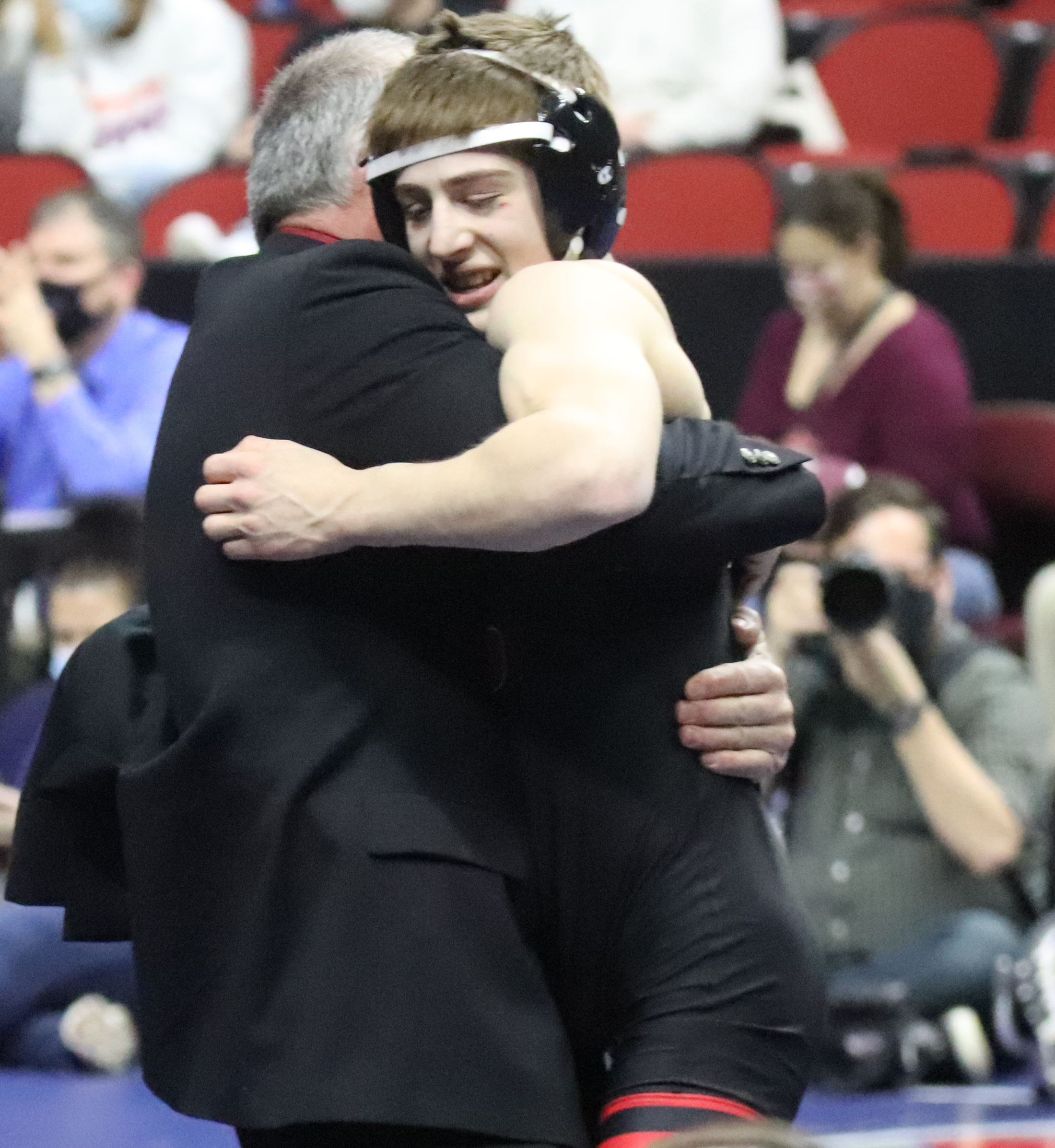 Garrett Rinken become Huskies fifth all-time wrestling champion