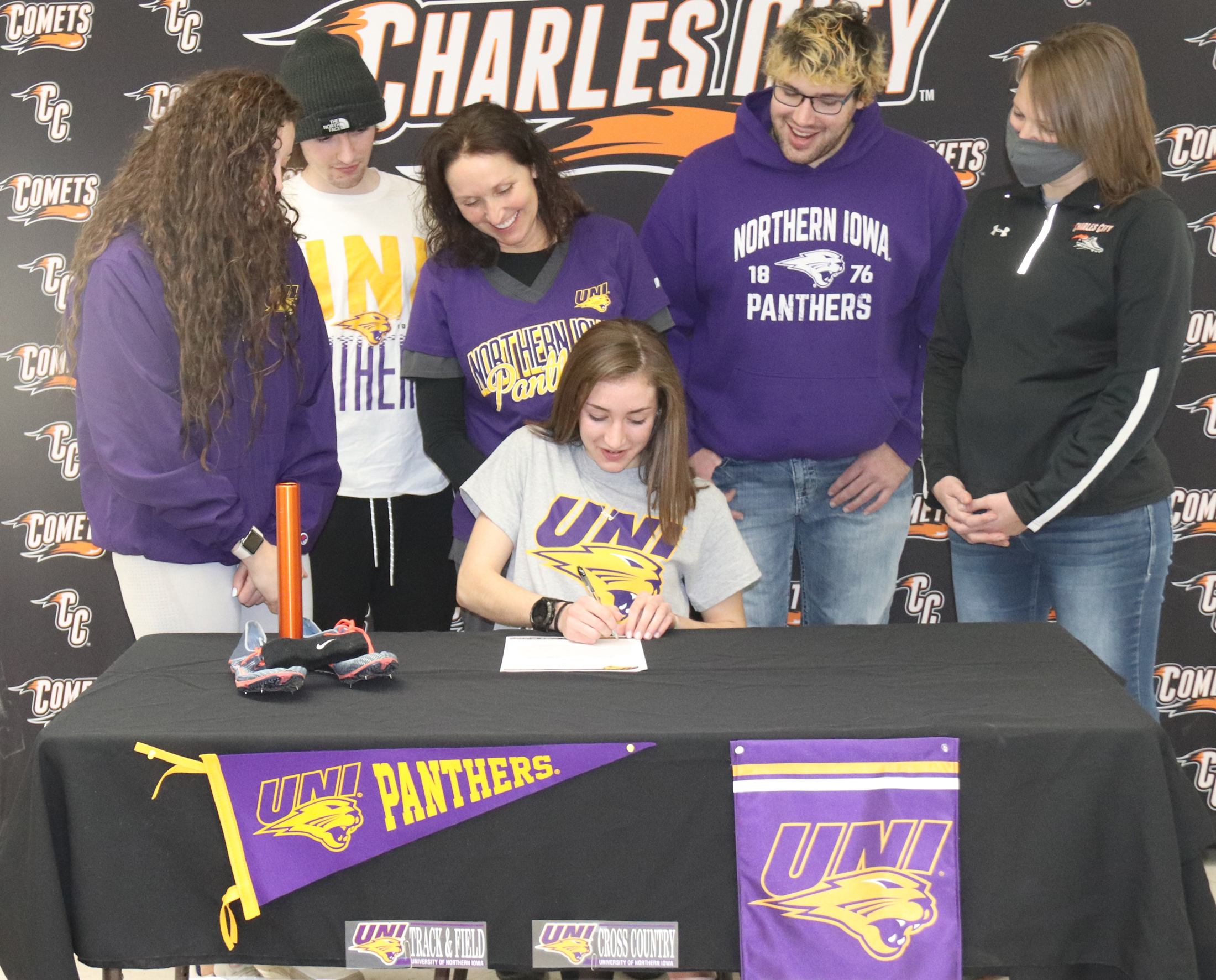 Kiki Connell signs to run for UNI Panthers