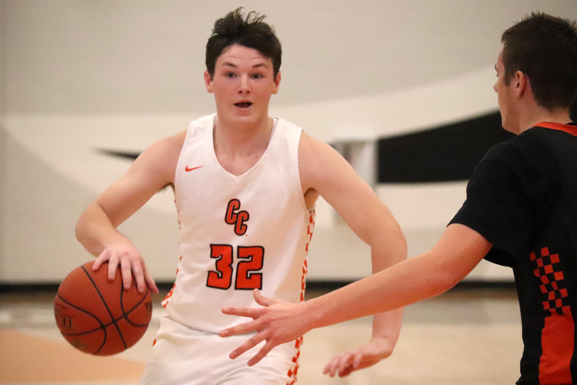Comet senior Kaden Barry named All-NEIC Boys Basketball Honorable Mention